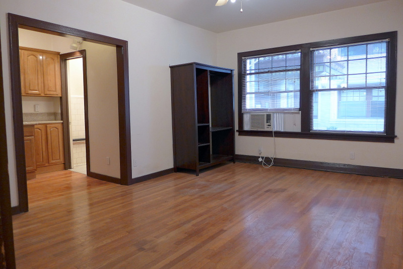 Charming, Vintage, Bachelor/Studio | Updated Granite Kitchen-AC-Quiet | Utilities included