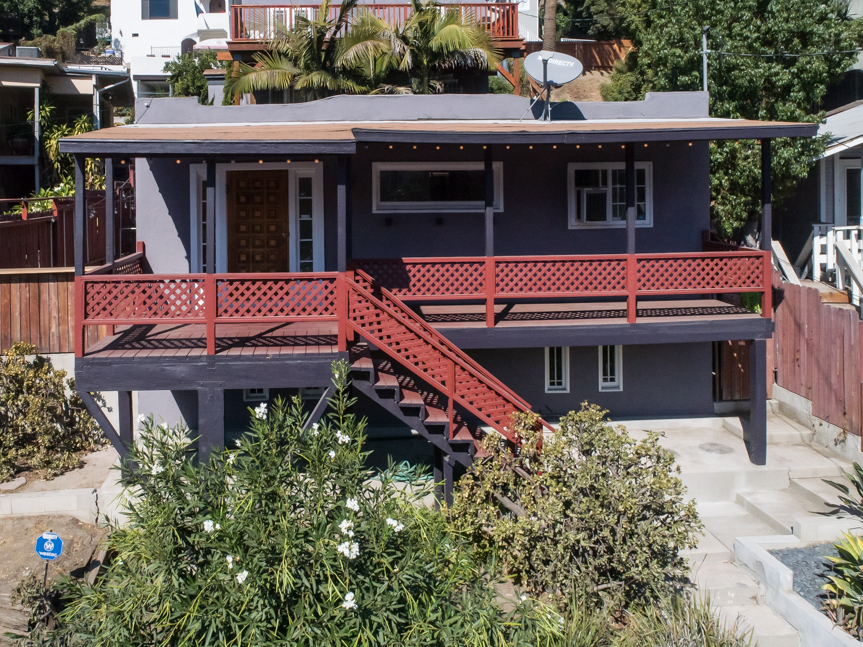Sunny Hillside 1920's Home | Large deck with views | Back patio! | Amazing location!