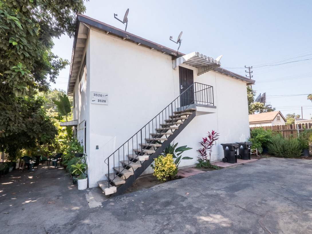 Spacious Upper Unit in Atwater Village | Off-Street Parking | Dog-Friendly​ | Prime Atwater!