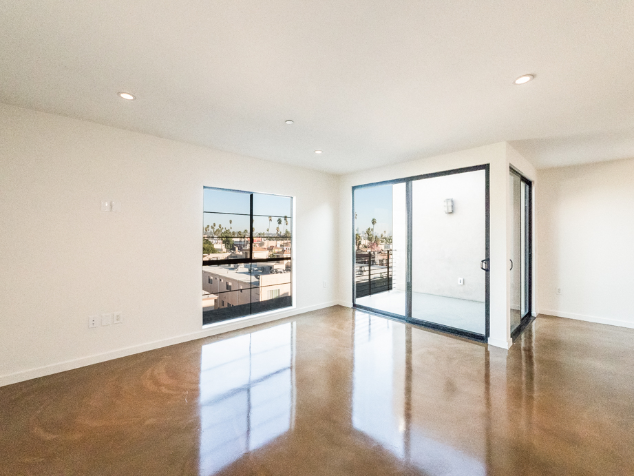 Penthouse at The Wright Building | 2 Bed, 2.5 Bath Split Level Townhome w/ Views