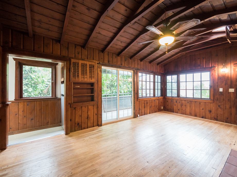 Bohemian Cabin Studio meets Hollywood Hills | Stand Alone Cottage | Uber Private w/ Views