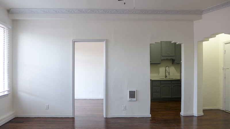 Gatsby Chic! Gorgeously Renovated, Junior One Bedroom - Art Deco Vintage Touches - Modern FInishes - Stainless Kitchen