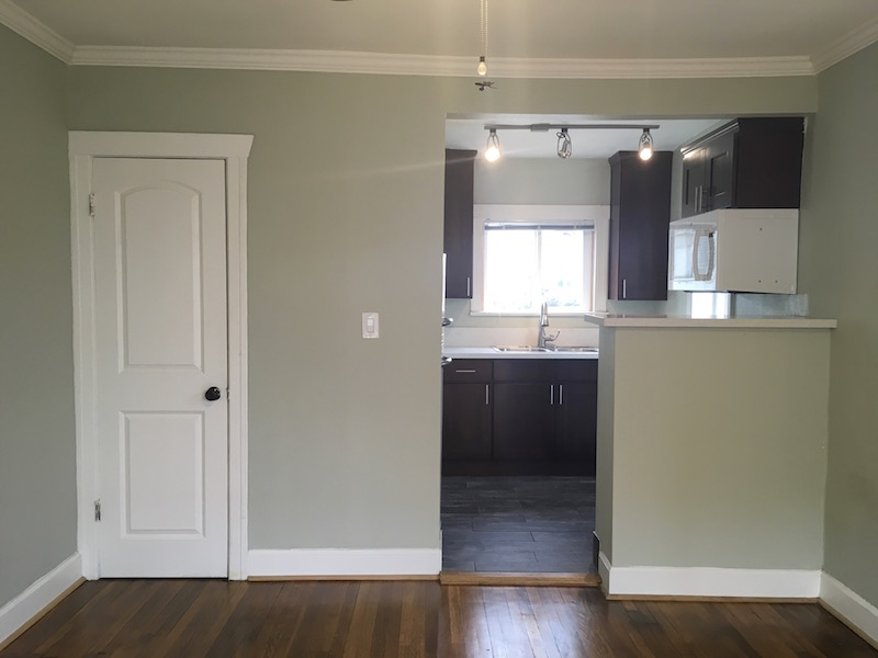 Cozy Silver Lake Studio | Updated Kitchen & Bath | Hardwood Floors | Air Conditioning | Close to Sunset