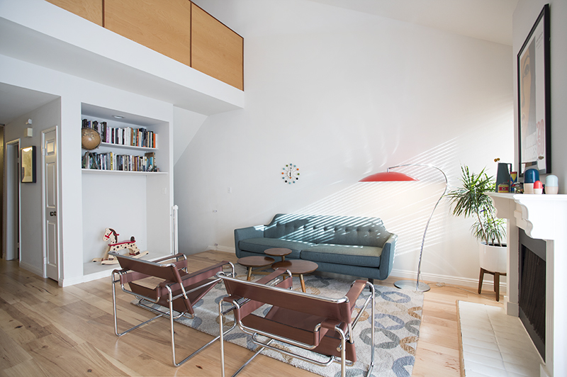 Furnished/Light Filled Condo/Loft/Rooftop Deck