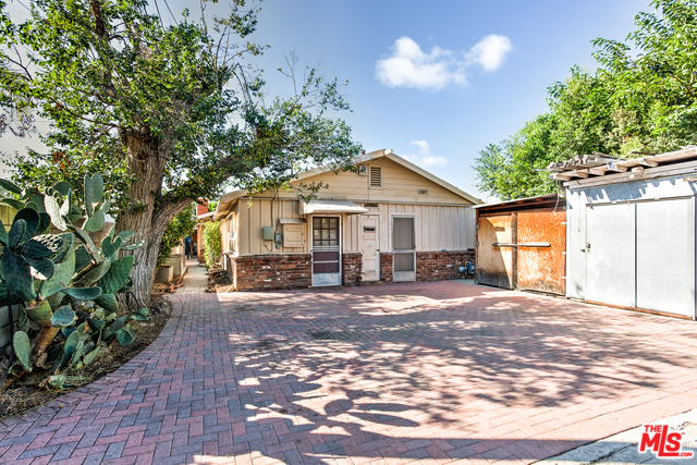 Large Mid-Century/Ranch in Highly Coveted Mar Vista Neighborhood, just north of Venice!